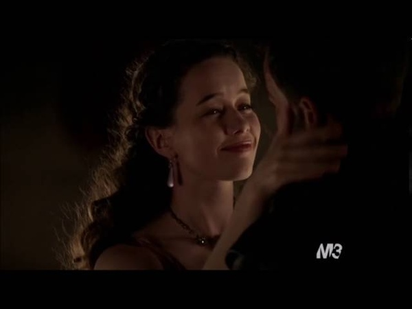 Reign 2x15 Forbidden - Lola and Narcisse moment