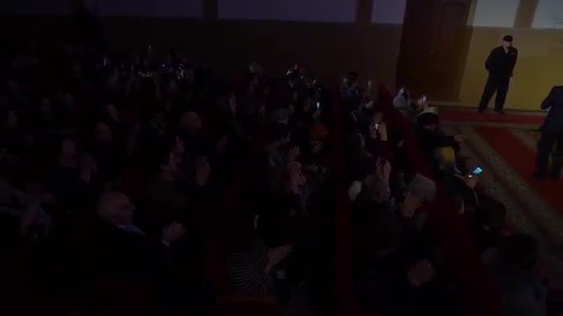 [v-s.mobi]Фаризат Зейналова и Билал Эскендеров