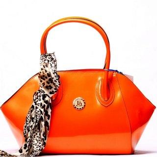 Самой большой выбор женских сумок, клатчей в интернет-магазине Prikidon.  Женская и мужская одежда.
