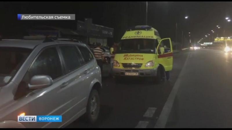 Разыскиваем очевидцев ДТП в котором иномарка влетела в остановку Военный городок