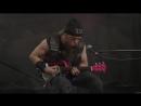 Zakk Wylde играет Black Sabbath on Hello Kitty на мини-гитаре)!!