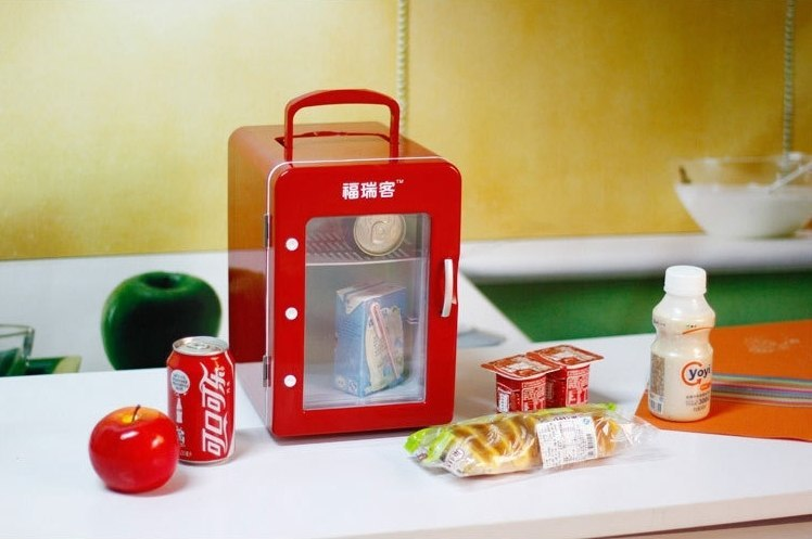 Портативный холодильник -
