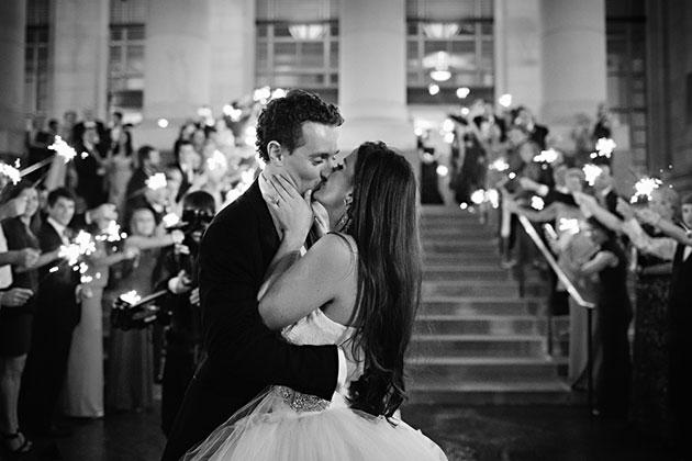 BnxL1pLYcyo - Изумительная свадьба в стиле Гламур (25 фото)