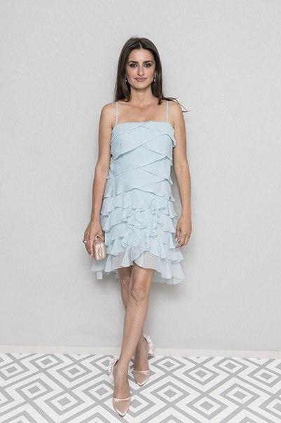 Кристен Стюарт, Пенелопа Крус, Хлоя Севиньи на вечере Chanel и журнала The Vanity Fair в Каннах