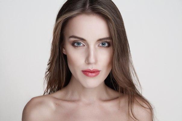 Офисный макияж для голубых глаз