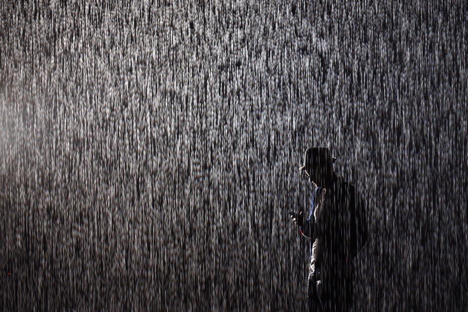 «Иркутское управление по гидрометеорологии и мониторингу окружающей среды» предупреждает: 20-21 июля ожидаются сильные и очень сильные дожди, ливни, грозы, усиление с/з ветра до 13-18 м/с.