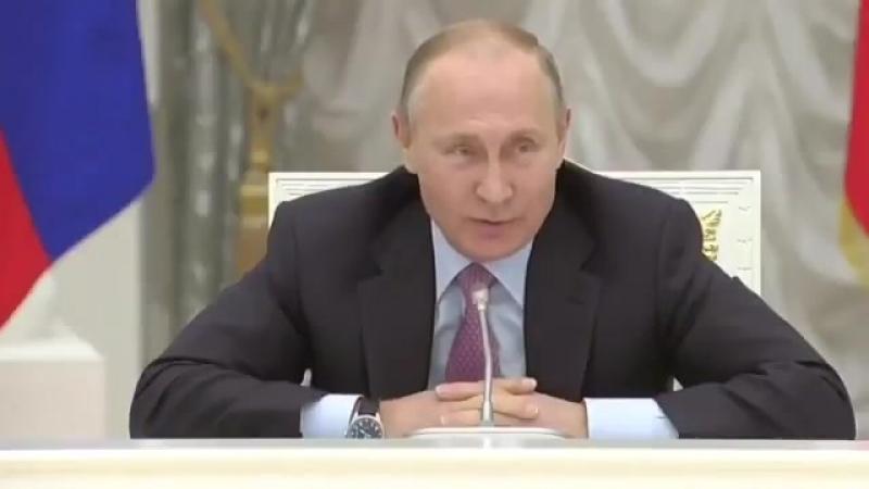 Этот смешной стареющий человек уже мало чем в России управляет. Правят страной такие, как олигарх Усманов, полковник Захарченко,