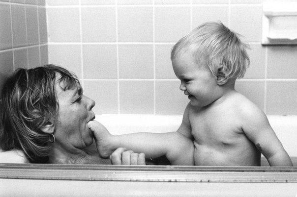 Фотограф нашел у себя в кладовке снимки мам, сделанные 50 лет назад: ↪ Мамы всегда прекрасны ❤