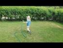 Тима поливает газон На даче засуха