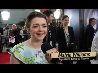 Maisie Williams singing Game of Throhes theme