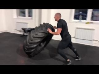 Скоростно-силовая тренировка в клубе