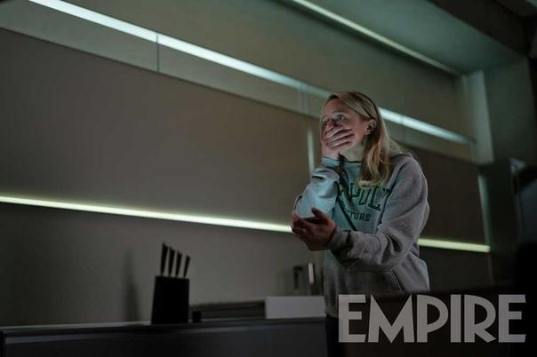 Новый кадр «Человека-невидимки» с Элизабет Мосс в главной роли
