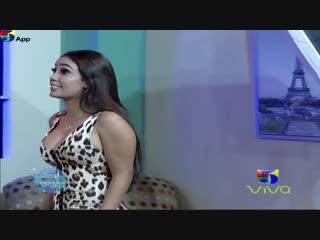 Acoso-a-la-colombiana-en-la-sesión-fotográfica---el-show-de-la-comedia