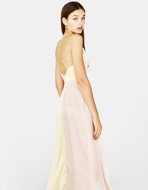 Длинное платье из сатина
