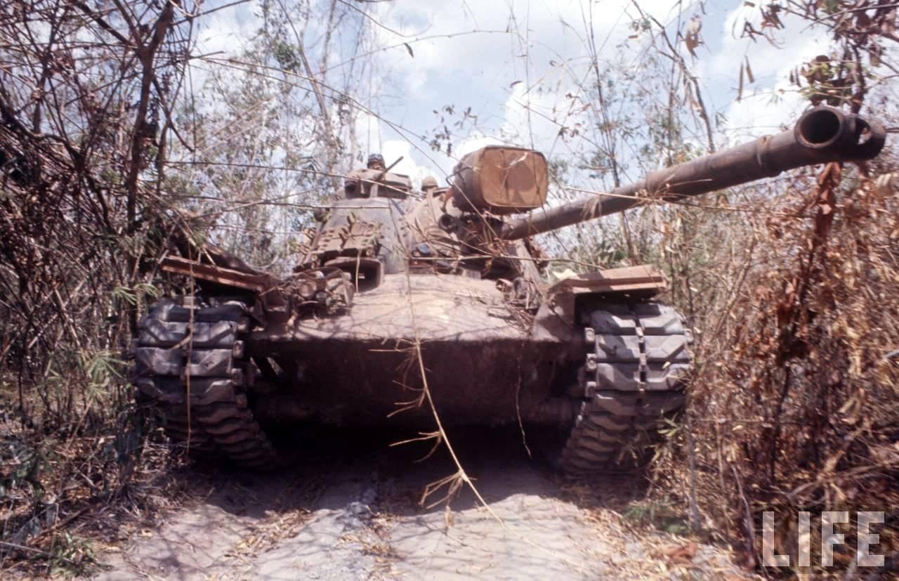 guerre du vietnam - Page 2 PfoDEyIXUfQ