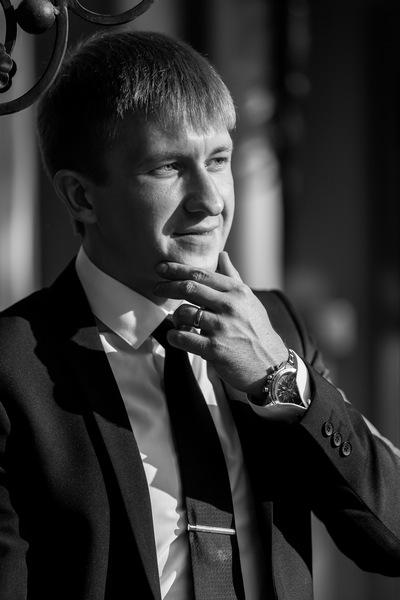Макс Николаевич