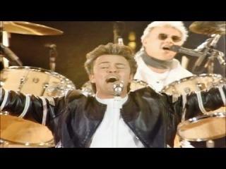 Queen & Paul Young - Radio Ga Ga