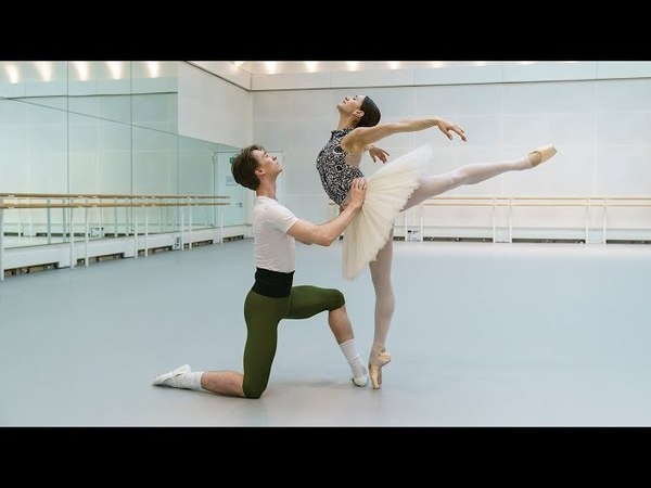 The Royal Ballet rehearse Liam Scarlett's new Swan Lake