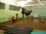 Азизов Заур. Акробатика!!