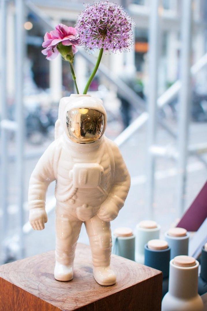 Невероятная вазочка для цветов -