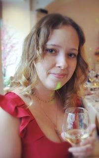 Наташа Семенова