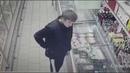 Мясные гурманы в Новосибирске вынесли из магазина заморозку в карманах
