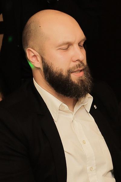 Жека Бенев