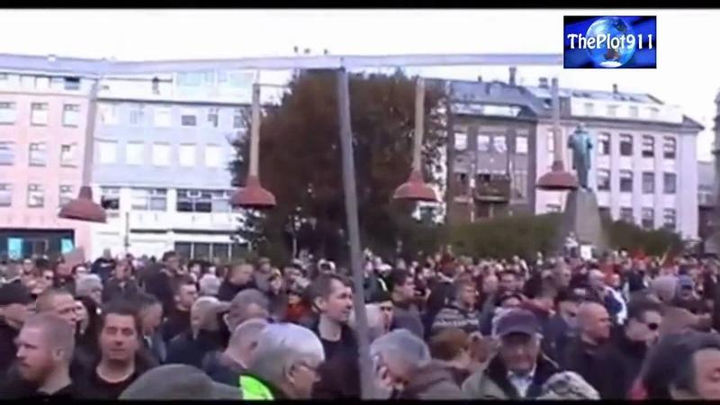 Révolution Islandaise à fais démissioner un gouvernement entier