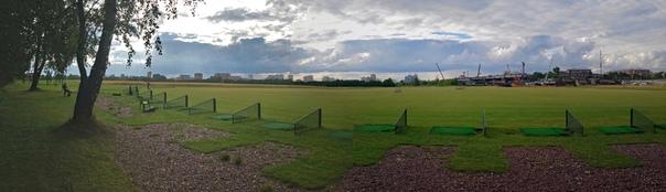 Панорама на гольф-клуб. Впервые видел своими глазами. Даже не поверил, что вижу.  7 июля 2018