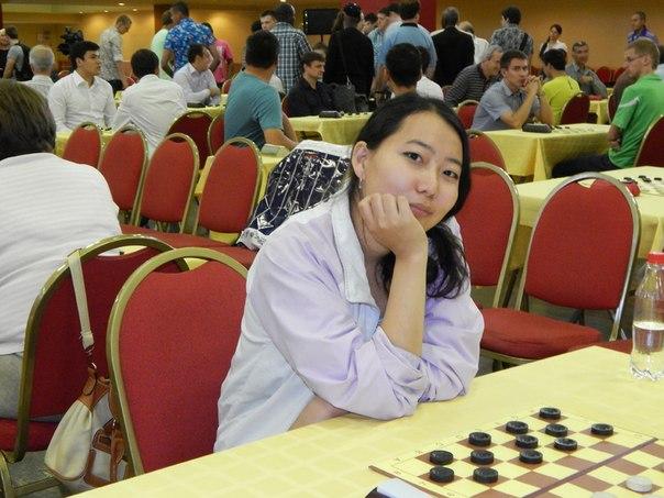 В Санкт-Петербурге проходит чемпионат мира по шашкам