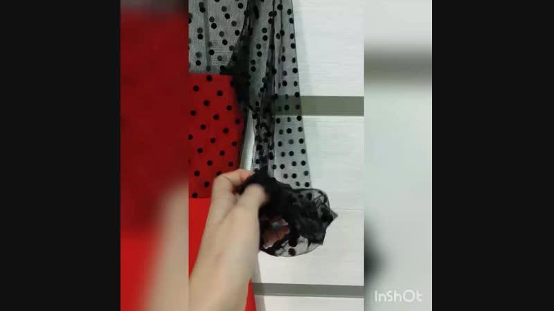 Платье красное с горошинами