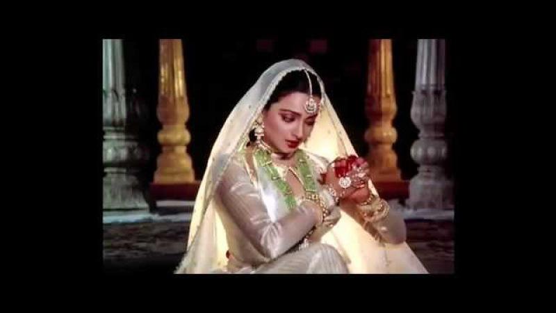 In Aankhon Ki Masti Ke. (Umrao Jaan 1981) FULL HD SONG.