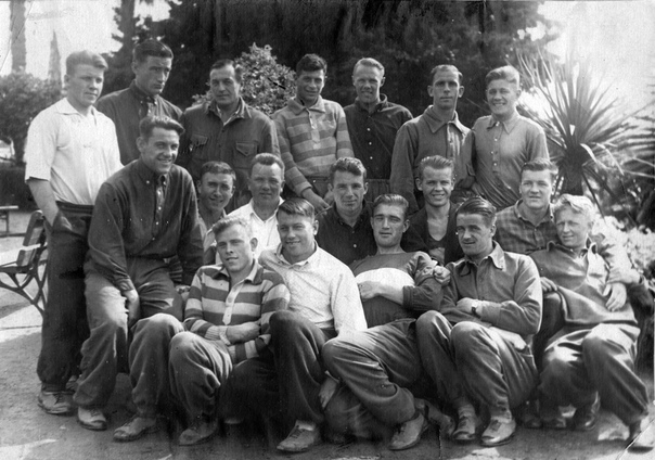 Весна 1936 года. «Спартак» на сборе в Сухуми.