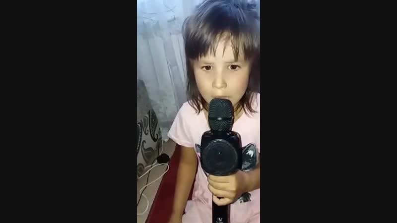 Полина ГагаринаОбезоруженав исполнении моей дочьки.