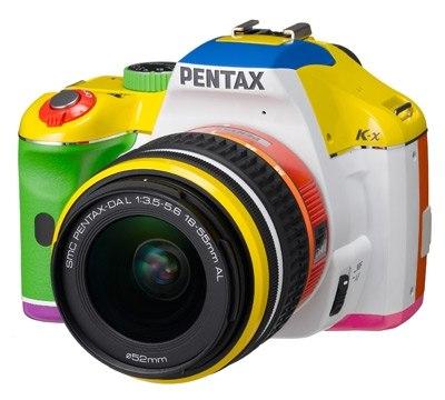 кольоровий фотоапарат