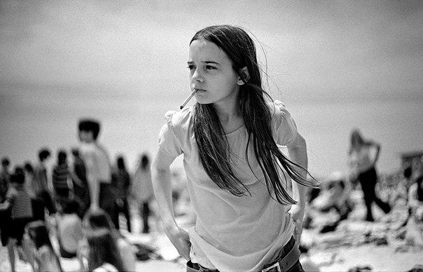 10 портретов бунтующей молодежи 1970-х годов, снятых учителем средней школы.