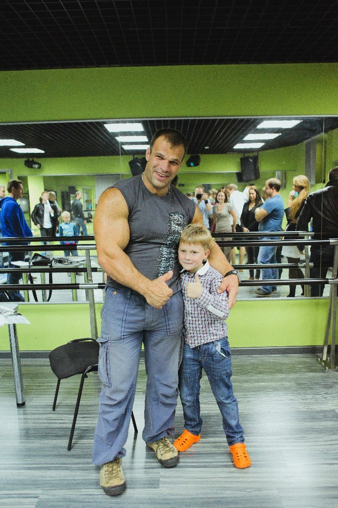 Denis Cyplenkov - Armwrestling Master Class - September 2013 │ Photo Source: OFFICIAL GROUP DENIS Tsyplenkova!