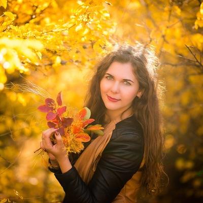Яна Стражева
