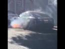В Лос Анджелесе сгорел электрокар Tesla режиссера Майкла Морриса