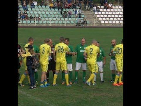У Новограді-Волинському відбувся футбольний матч зірок-ветеранів