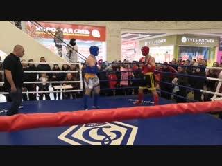 Дмитрий Петрукович(красный угол) vs Антон Тюрин(синий угол)