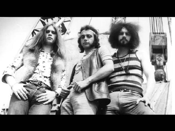 Silberbart-Head Tear of the drunken sun(1971)