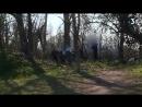 Une vidéo publiée ce mercredi 21 février sur le réseau social Facebook montre des gendarmes éparpillant les braises d'un foyer.