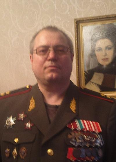 Петр Морозов, 4 августа , Москва, id190031876