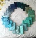 Мой парень говорит, что все мои футболки одинакового цвета. Я решила доказать ему…
