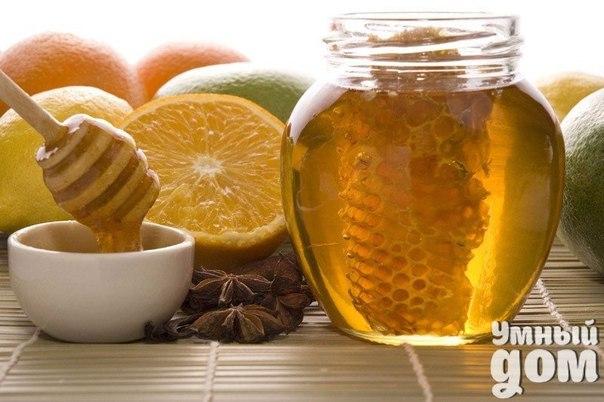 Аспириновый мед После травм коленей, а также с возрастом в коленном суставе происходят изменения, которые вызывают болевые ощущения как при движении, так иногда и в состоянии покоя. Для того, чтобы облегчить боль или совсем от неё избавиться попробуйте аспириновый мед от боли в коленях и воспользуйтесь этим рецептом его приготовления. Растереть в порошок 10 таблеток ацетилсалициловой кислоты (аспирина) и тщательно смешать с 200 г мёда (желательно жидкого). Смесь на десять дней поставить в…