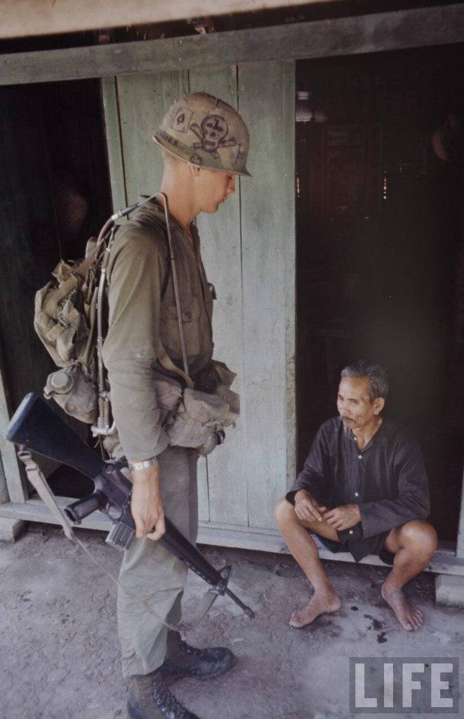 guerre du vietnam - Page 2 SuhaWKv6oSY