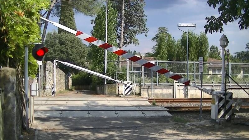 Spoorwegovergang Firenze (I) Railroad crossing Passaggio a livello