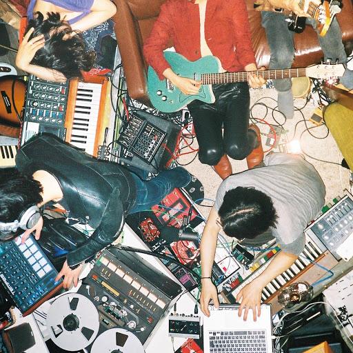 Happy альбом STONE FREE