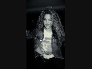 "Shakira and Maluma - ""Clandestino"" (Vertical Video) новий кліп Шакіра Шакира Малума новый клип вертикальная версия"